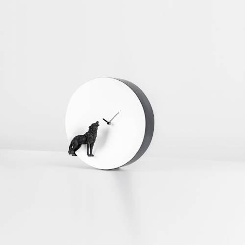 Moon X Wolf Clock  - Haoshi Design