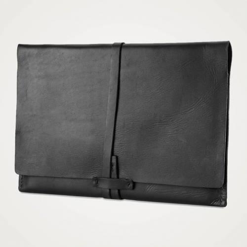 Avery Sleeve | Black