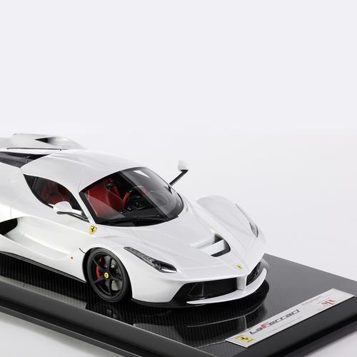 Ferrari | LaFerrari | Amalgam | 1:12 Scale | White