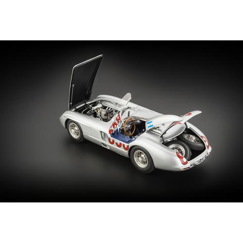 Mercedes-Benz 300 SLR   #658 Fangio   Mille Miglia   CMC