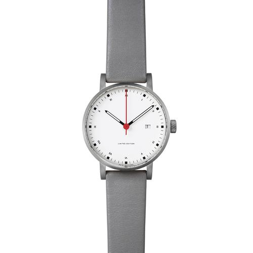 Brushed Round Date | Grey leather strap | White dial