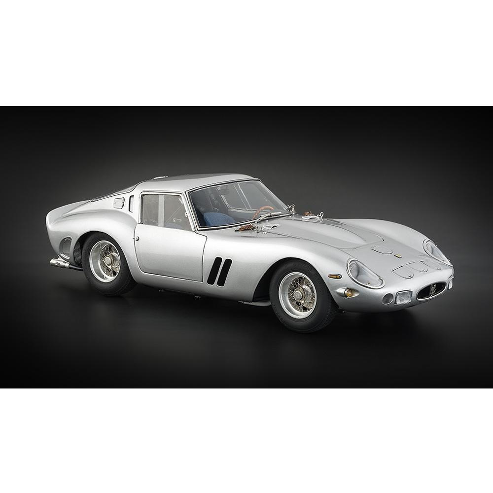 Ferrari 250 GTO   1962 Silver   CMC
