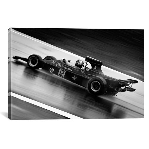 F1 Wet Track Grayscale