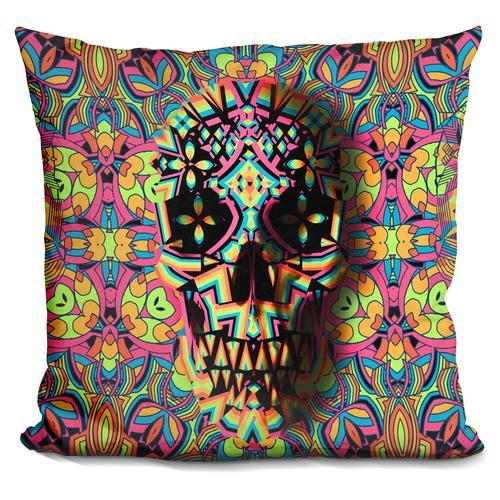 'Skull geo s3s' Throw Pillow